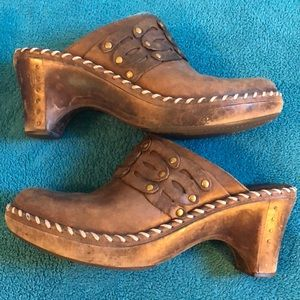 Frye leather clogs/mules sz 9
